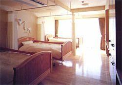 浅草介護老人保健施設(作業療法士の求人)の写真5枚目:浅草介護老人保健施設:多床室