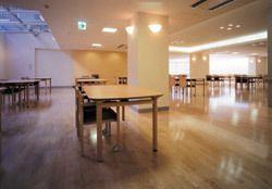 浅草介護老人保健施設(作業療法士の求人)の写真3枚目:浅草介護老人保健施設:食堂