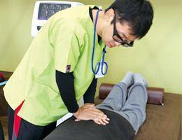 デイサービス リハとも(理学療法士の求人)の写真:専門家によるボディケアを行っています