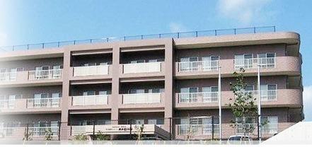横浜敬寿園(介護職/ヘルパーの求人)の写真1枚目:平成20年5月にユニット型として開設された施設です