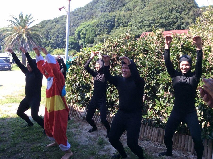 あすなろ鍼灸接骨院 滝ノ水院(整体師/セラピストの求人)の写真:BBQ大会では新人スタッフ6名によるダンスで盛り上がりました!