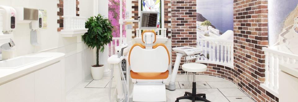 わかば台デンタルクリニック・歯科訪問診療(歯科医師の求人)の写真14枚目:広々として様々なデザインの個室!