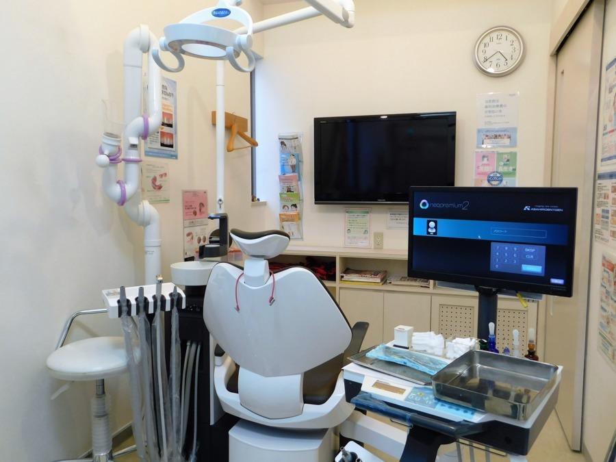 らいふ歯科クリニック(歯科衛生士の求人)の写真:完全個室診療で口腔外バキュームを全チェアに完備。エアロゾル対策万全で、安心です。