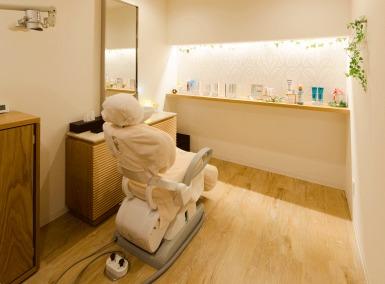 ひらうち歯科(歯科衛生士の求人)の写真:施術室です。アロマの香り漂う空間です