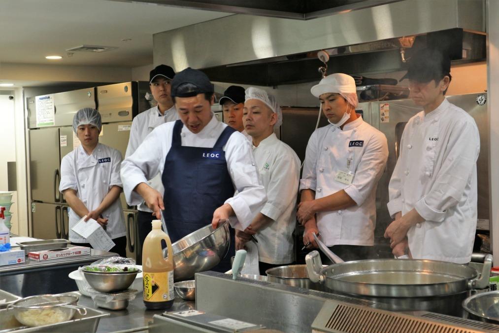 株式会社LEOC 介護老人保健施設ステップハウス宝塚内の厨房の画像