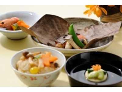 ヒルデモア東山(介護職/ヘルパーの求人)の写真3枚目:食材から調味料まで、こだわってお食事を提供しています