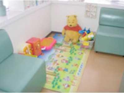おざさ歯科医院(歯科衛生士の求人)の写真4枚目:小さなお子さんを連れた患者様も多い地域密着型の歯科医院です