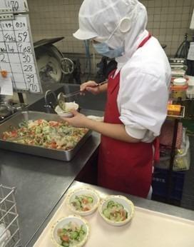 名古屋マルタマフーズ株式会社 あずみ苑羽村内の厨房(調理師/調理スタッフの求人)の写真1枚目: