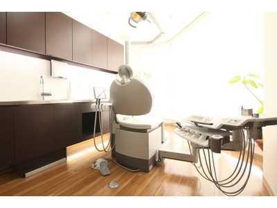 国立くぼむら歯科クリニック(歯科衛生士の求人)の写真1枚目:カウンセリングを重視した納得のいく治療を提供しています