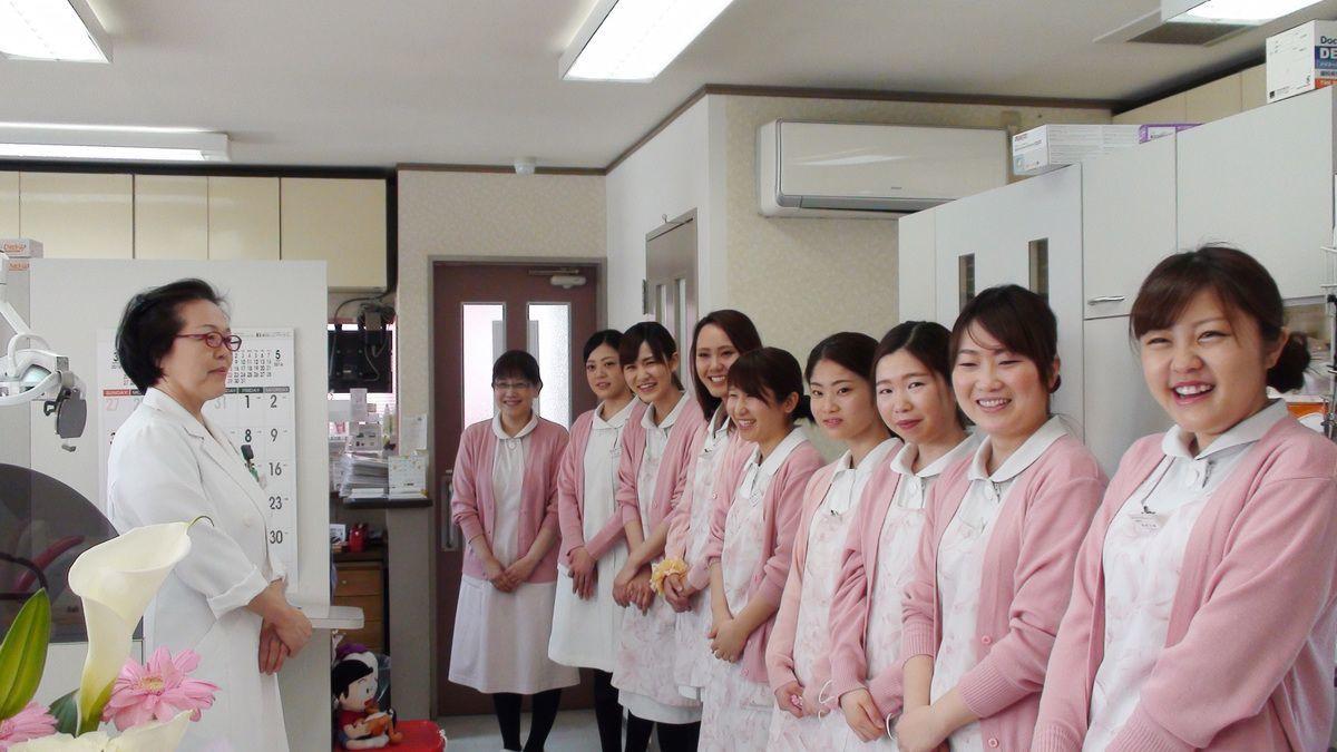 佐藤くみ歯科クリニック(歯科医師の求人)の写真2枚目:朝礼