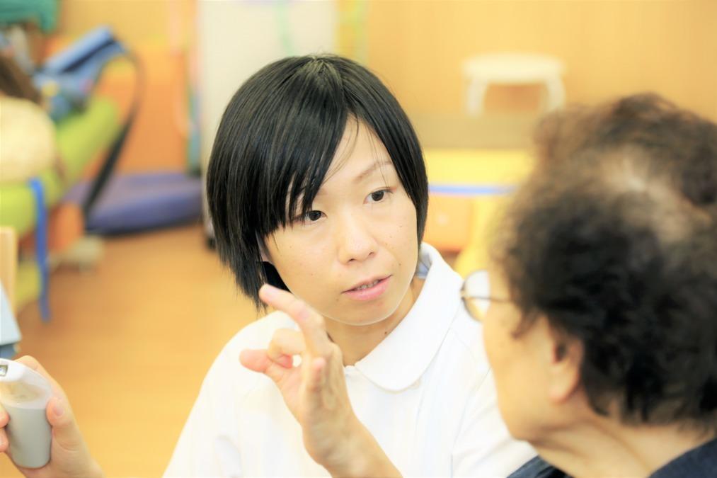 デイサービスはなのき東郷(理学療法士の求人)の写真:お一人おひとりに寄り添った対応を行っています