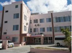 有料老人ホームほがらか苑与原(介護職/ヘルパーの求人)の写真1枚目:沖縄県与那原町にあります