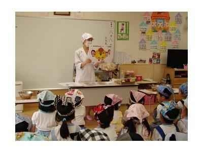 名阪食品株式会社  和光なかよしこども園内の厨房の画像