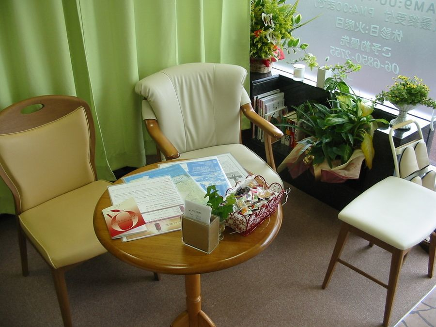 ナホラとも鍼灸整骨院(整体師/セラピストの求人)の写真4枚目:アットホームな雰囲気の院内