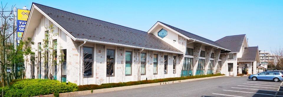 まつむら歯科 立川診療所(歯科助手の求人)の写真1枚目:快適な施設と20台の駐車場!