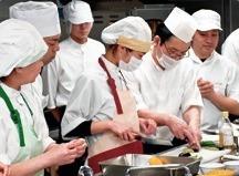 フジ産業株式会社 長泉町学校給食センター内の厨房の画像