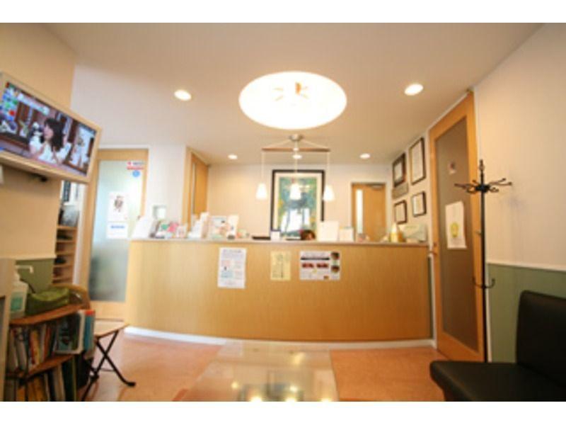 青沼歯科(歯科助手の求人)の写真2枚目:落ち着いてお過ごしいただけるインテリアになっています