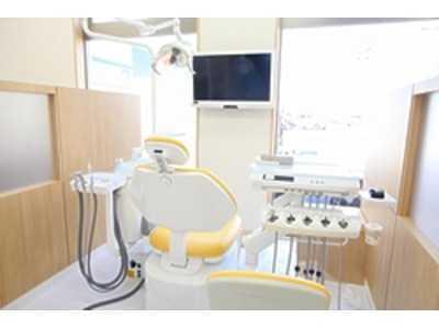 ひまわり歯科クリニック(歯科医師の求人)の写真2枚目:最高の治療を第一に考えています