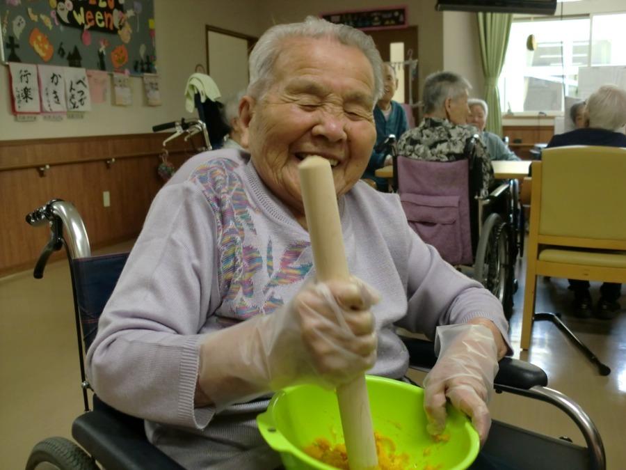 介護老人保健施設あおやま(調理師/調理スタッフの求人)の写真1枚目:
