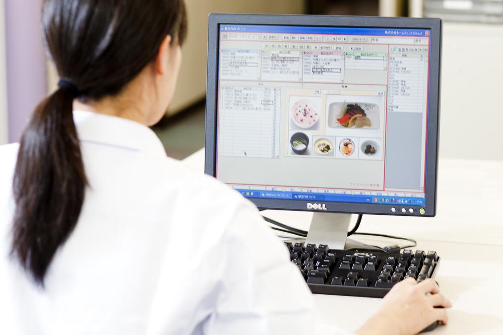 株式会社ホームラン・システムズ 児玉経堂病院内の厨房の画像