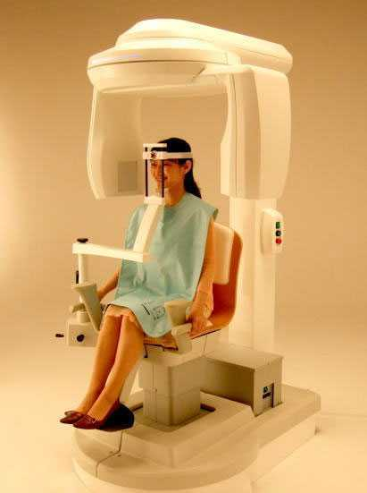 かまくら歯科(歯科衛生士の求人)の写真4枚目:当院は歯科用CTを設置しています。