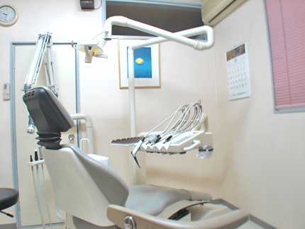 医療法人 弘淳会 あべ歯科医院の写真3枚目:診療室*治療が終わった後のメンテナンスがとても重要と考えています。