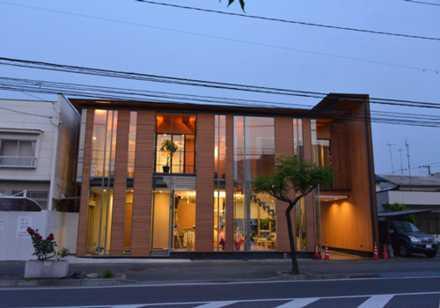 沖野上木村歯科医院の写真:木の持つ温かみのある雰囲気を大事にした医院です
