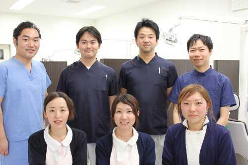 サクラディアデンタルクリニックの写真1枚目:親しみやすく明るいスタッフがお待ちしています!