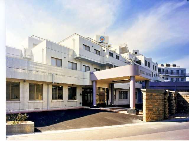 介護老人保健施設星ケ丘アメニティクラブ(介護職/ヘルパーの求人)の写真1枚目:当施設、外観になります