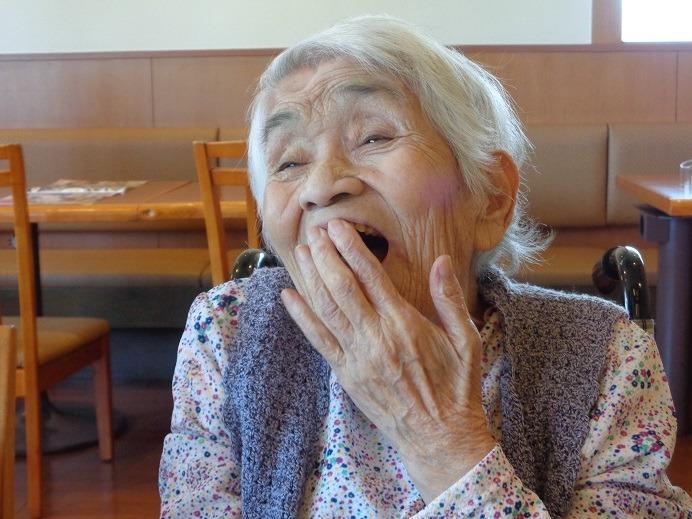 特別養護老人ホームしはとの郷(介護職/ヘルパーの求人)の写真6枚目:ご利用者さまの笑顔パート2