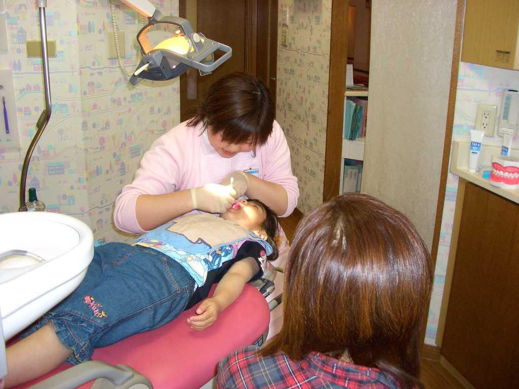 医療法人育歯会 フカオ歯科クリニックの画像