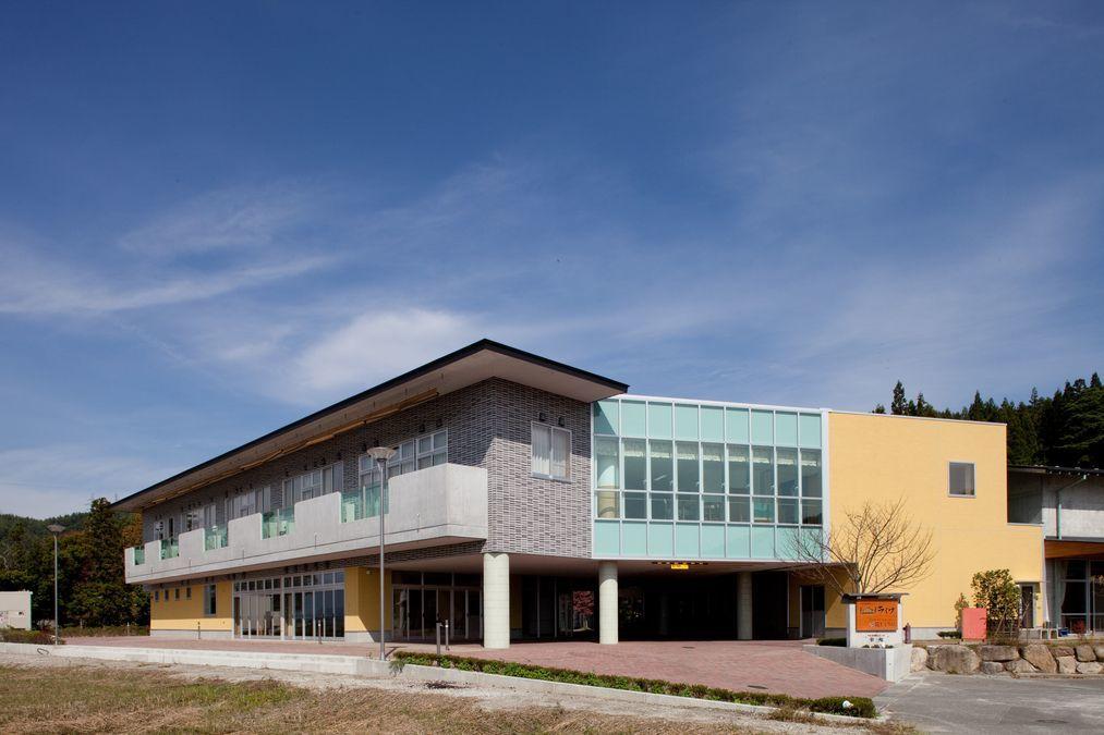 特別養護老人ホームライフ(看護師/准看護師の求人)の写真:池田町を見下ろす美しいロケーションの施設です