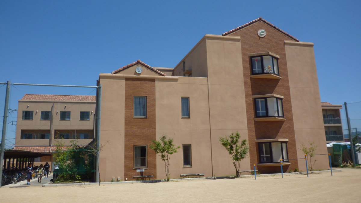 高鷲学園の画像