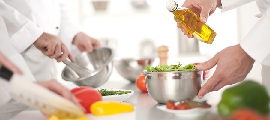 富士産業株式会社 野積園内の厨房の画像