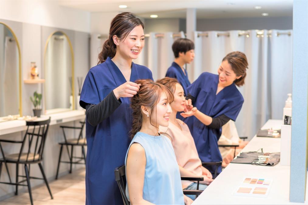 アトリエはるか プラス アイラッシュ シャポー本八幡店(美容師の求人)の写真1枚目: