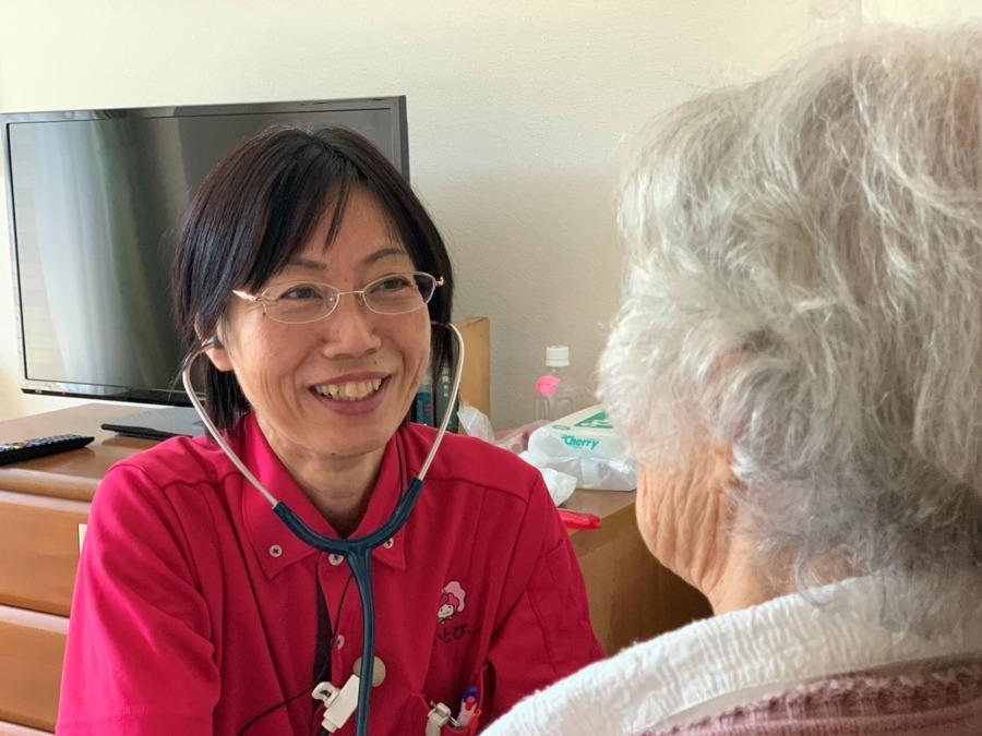 すいとぴー 新横浜(看護師/准看護師の求人)の写真:お一人お一人と心の通じ合いを大切に♪