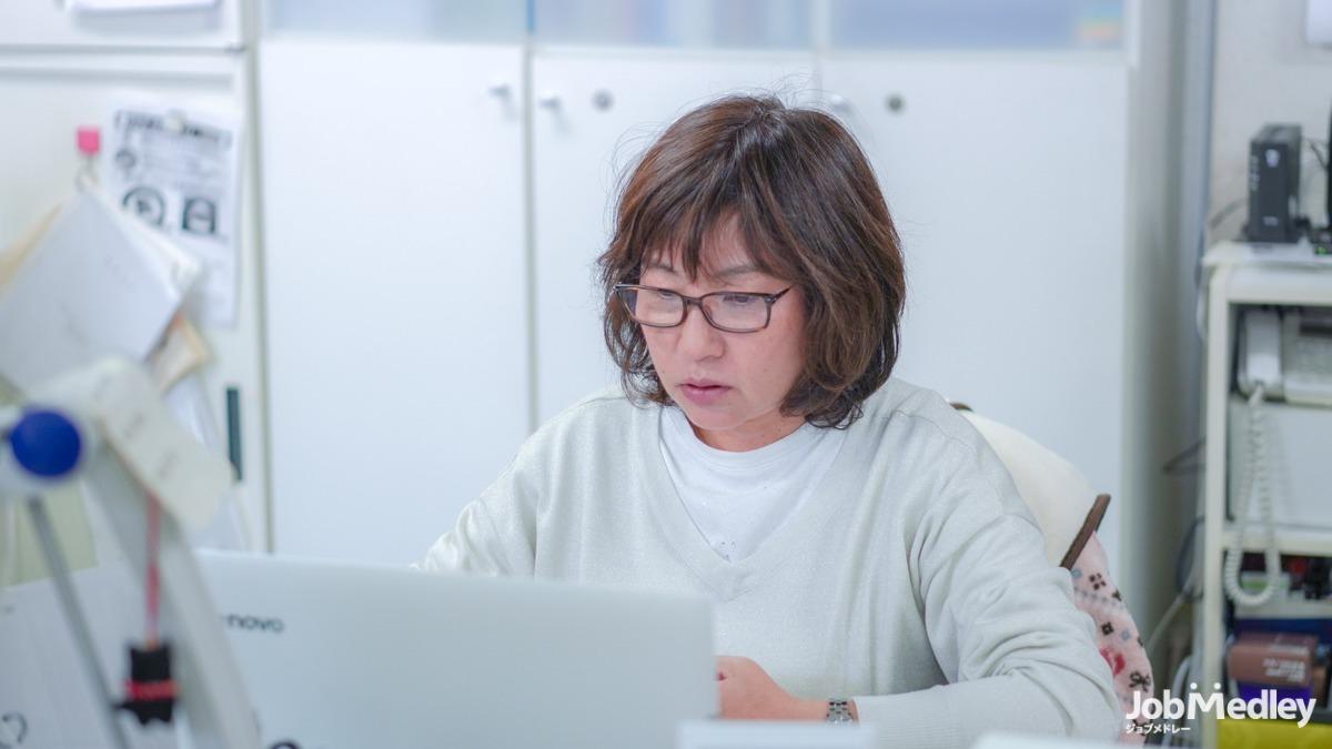 エキスパート【訪問介護】(介護職/ヘルパーの求人)の写真1枚目:「わかる」「できる」「やってみる」の三段階の研修をしています