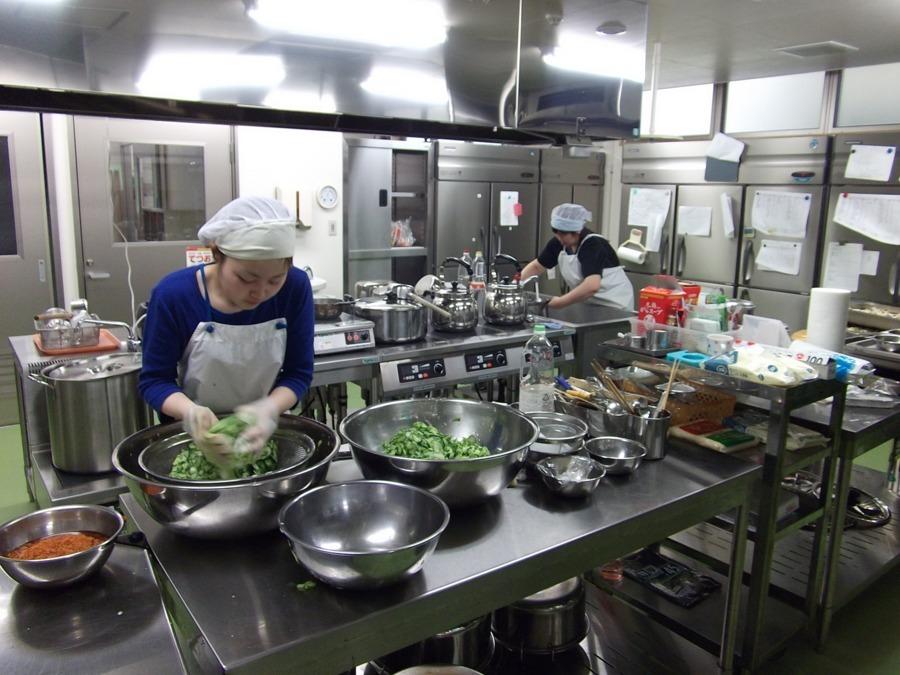 特別養護老人ホームひまわり園(調理師/調理スタッフの求人)の写真1枚目:
