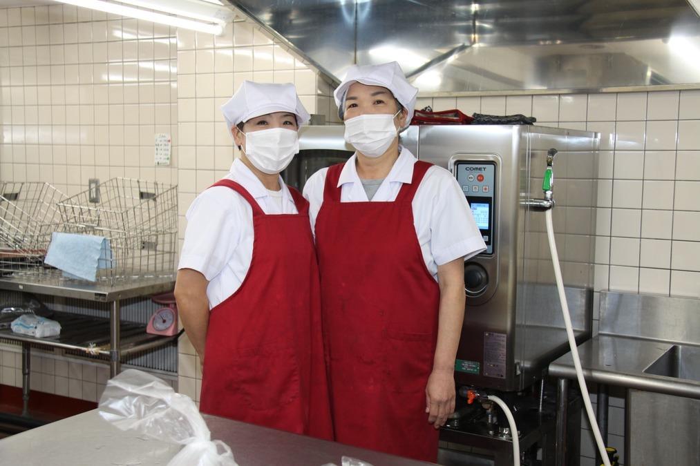 アルプスの杜かみみぞ(管理栄養士/栄養士の求人)の写真:【厨房の様子】 グループ内施設の厨房の様子です
