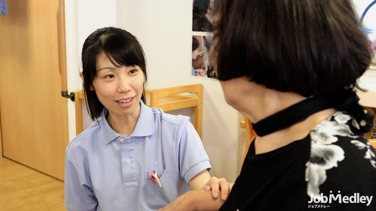 日生デイサービスセンター東尾久(介護職/ヘルパーの求人)の写真5枚目:デイサービスでのお仕事です