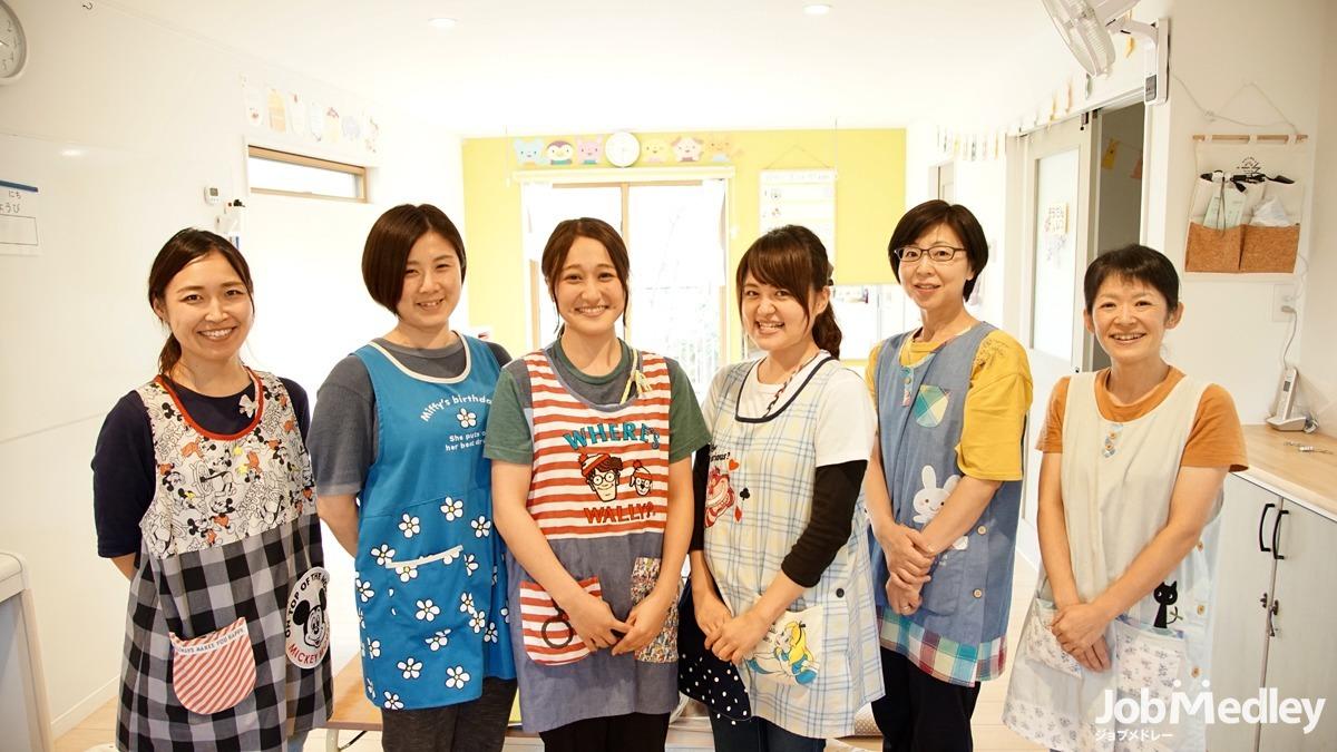 児童発達支援 元気キッズ朝霞教室(保育士の求人)の写真1枚目:チームワーク抜群!笑顔の溢れる職場です。