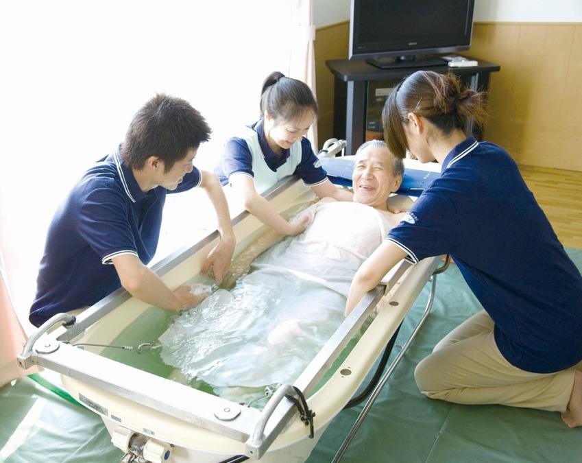 ツクイ名古屋南【訪問入浴】の画像