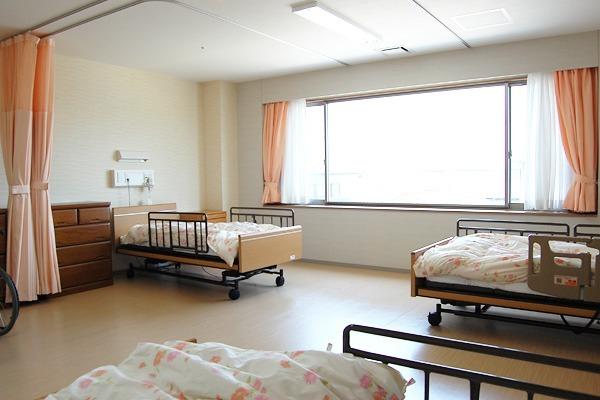介護老人保健施設臥龍園(介護職/ヘルパーの求人)の写真3枚目: