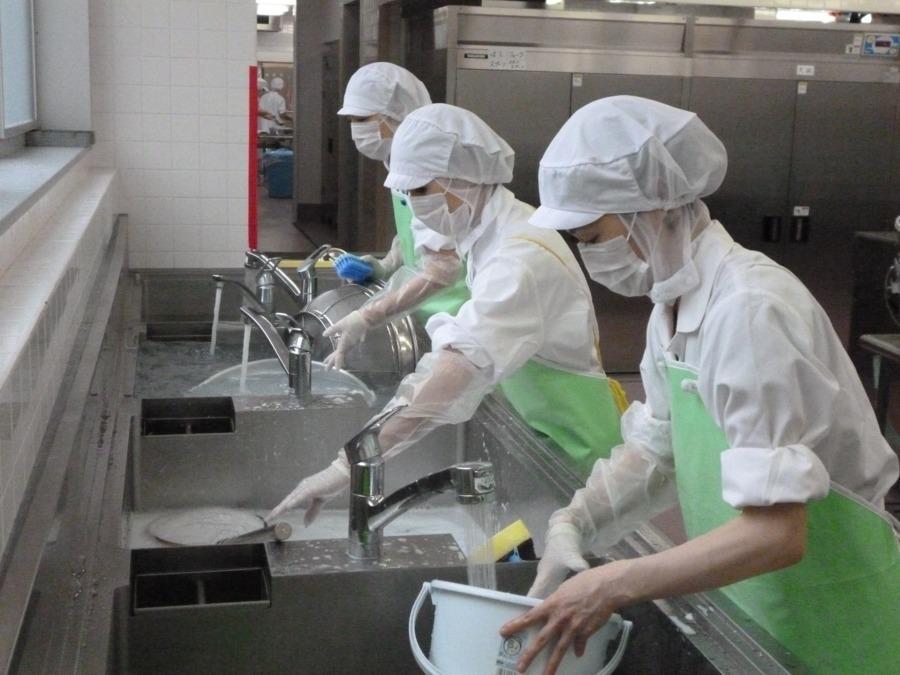 協立給食株式会社 青戸しょうぶ内の厨房の画像