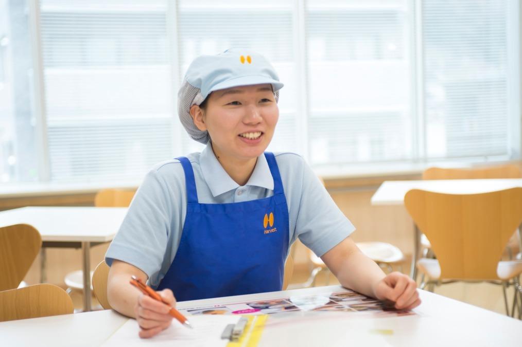 ハーベスト株式会社 千鳥が丘小学校内の厨房の画像