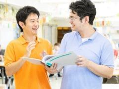 障害者支援施設 桜ふれあいの郷(生活支援員の求人)の写真:先輩に相談しやすい職場です。