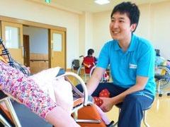 障害者支援施設 清風園(生活支援員の求人)の写真:うん、今日は体調がいいですね!