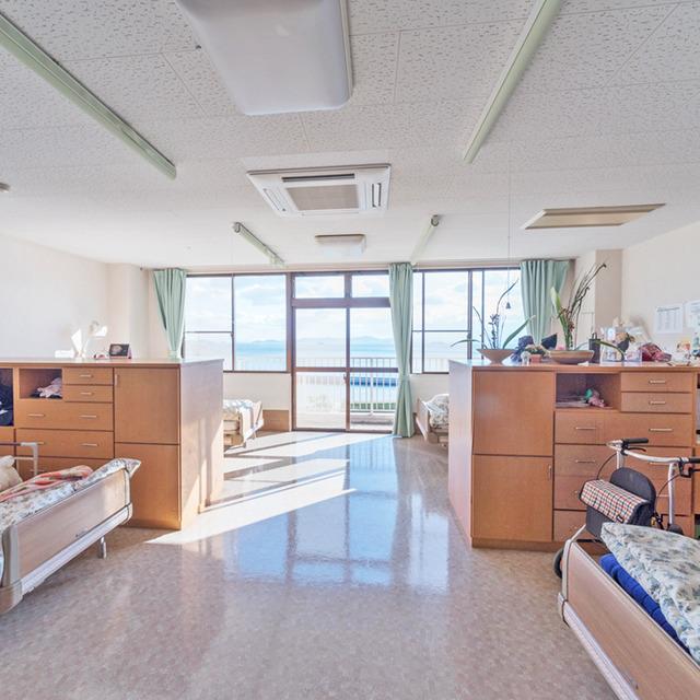 高齢者複合施設 エクセル鞆の浦の画像