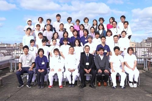 三好病院(看護助手の求人)の写真:様々な職種でONE TEAMの医療・介護を提供いたします。