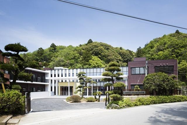 吉沢学園の画像